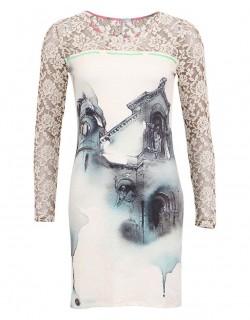 Bílé šaty s krásným grunge potiskem
